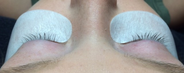 Not a good Eyelash Extension candidate