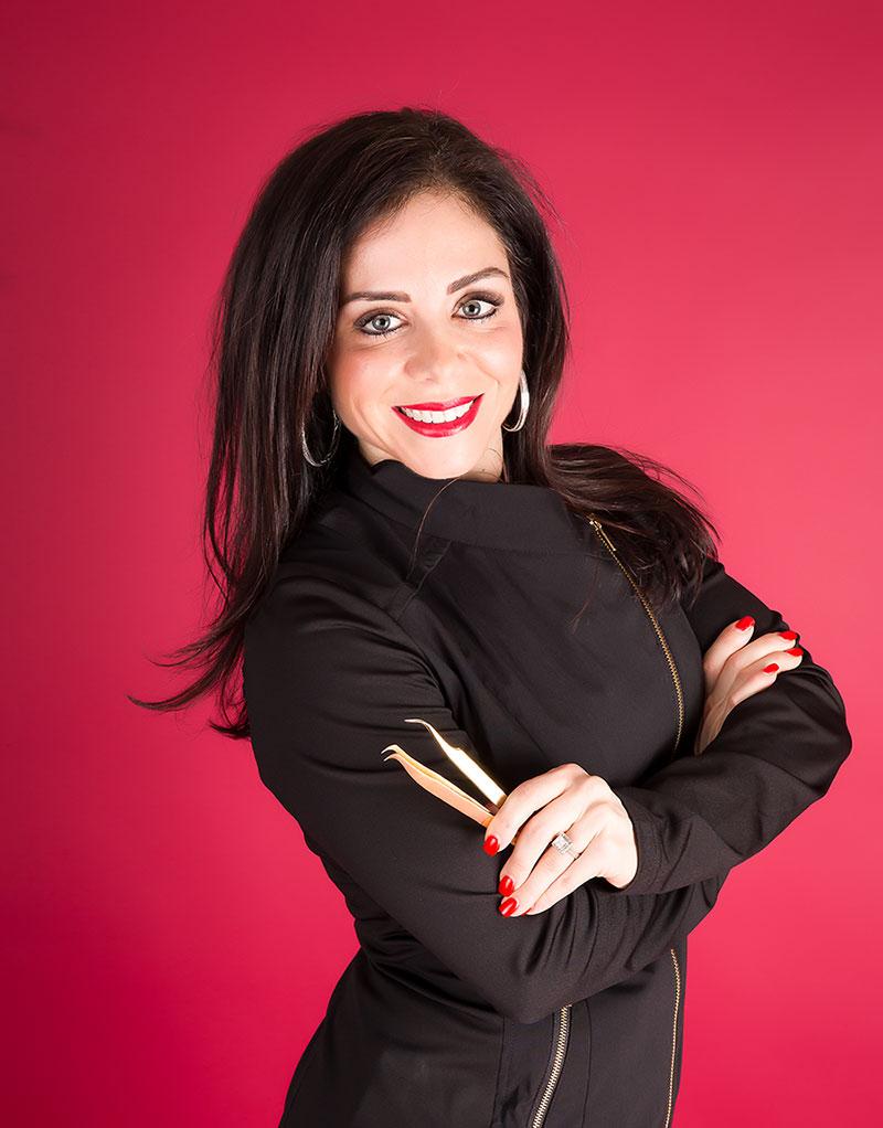 Venesia Kakoz Eyelash Extension trainer